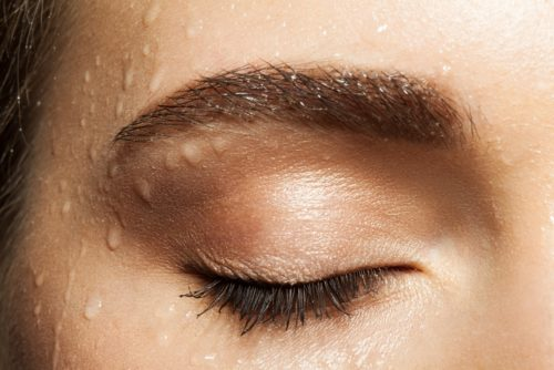 wet eyelahes